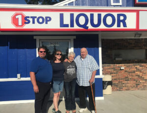 Carey's Liquor, Ham Lake – Welcomes New Owners